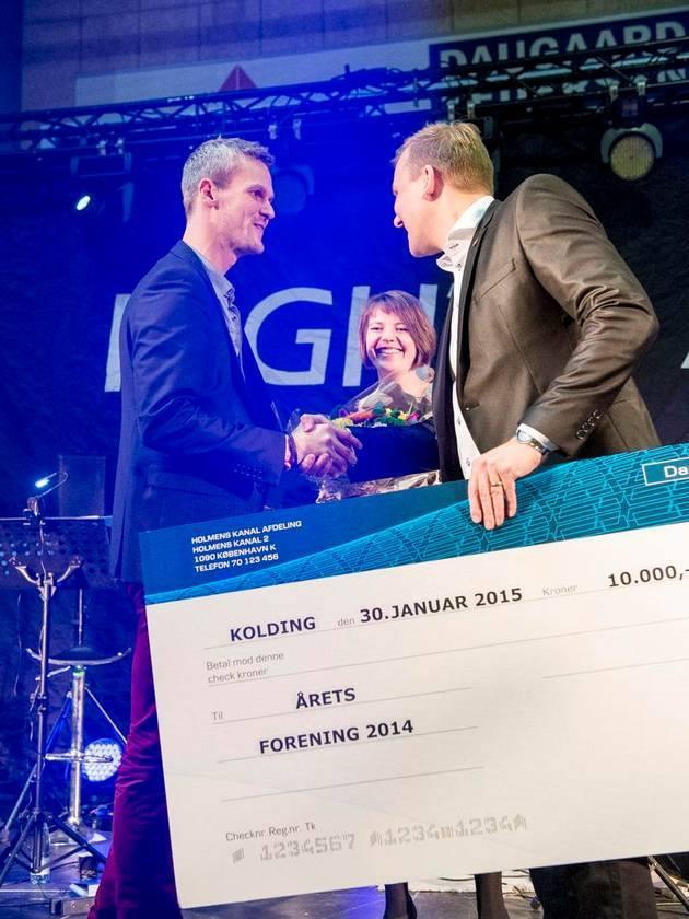 pris_åretsforening2014